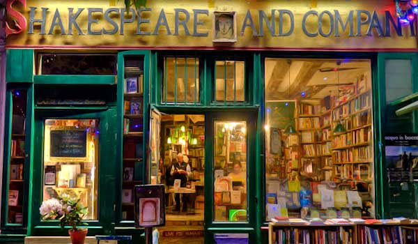 shakespeare and co bookshop paris